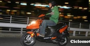 bombillas alumbrado ciclomotor_ ipos cómo cambiarlas - ciclomotores.net