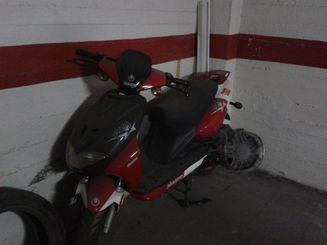 AIYUMO YOUNG 50 Rojo 2006 6000 kms Jaén lleno