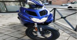 YAMAHA AEROX 50 4T Azul 2019 2000 kms Madrid