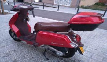 KEEWAY ZAHARA 50 Rojo 2017 3000 kms Barcelona lleno