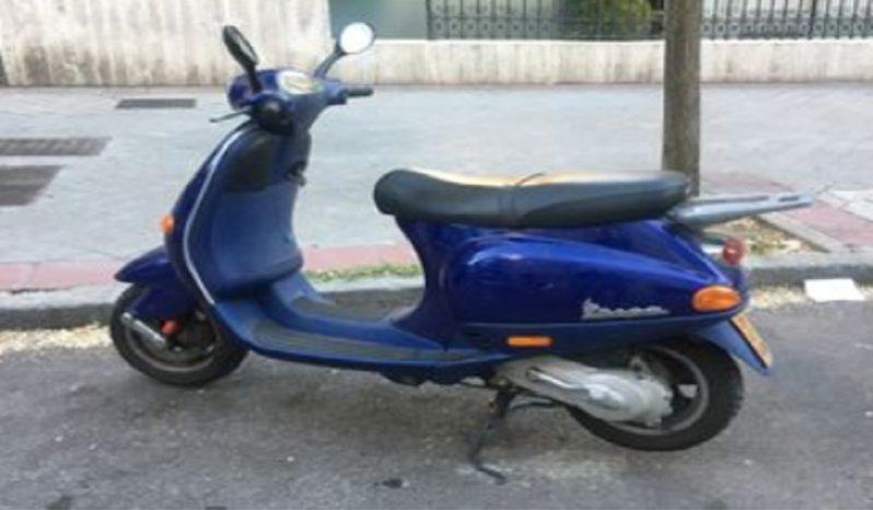 VESPA PRIMAVERA 50 4T E4 Azul 2001 10000 kms Madrid lleno