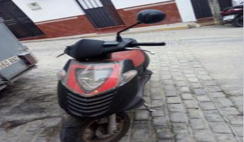 APRILIA SX 50 Rojo 2009 40000 kms Sevilla lleno